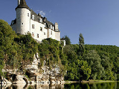 Beautiful Chateau de la Treyne and the Dordogne River