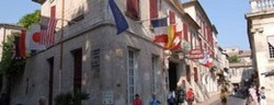 Discover historic hotels in Provence, France