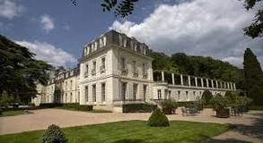 The extraordinary Chateau de Rochecotte