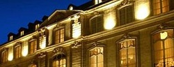 Discover historic hotels in Paris